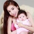 Làng sao - Elly Trần đã có con hơn 2 tháng với bạn trai Tây