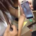 Tin tức - Nữ sinh thản nhiên chat cảnh nóng trong lớp học