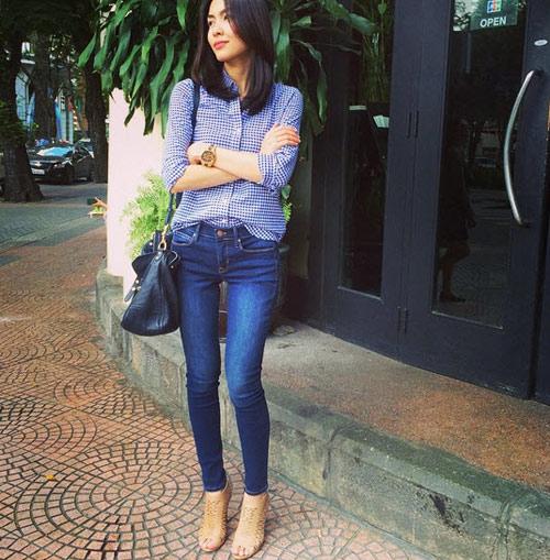 chi quan jeans + ao so mi, ha tang van toa sang! - 12