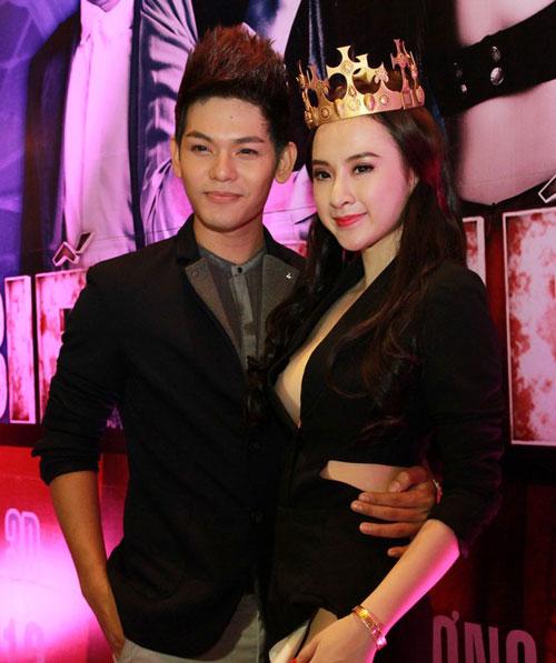 angela phuong trinh mac vay xe 'hiem hoc' - 3
