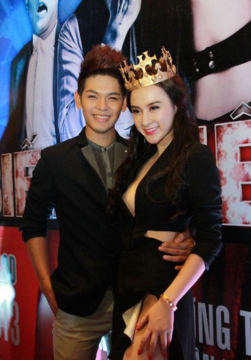 angela phuong trinh mac vay xe 'hiem hoc' - 4