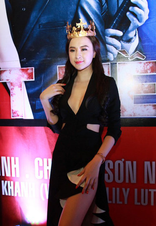 angela phuong trinh mac vay xe 'hiem hoc' - 5