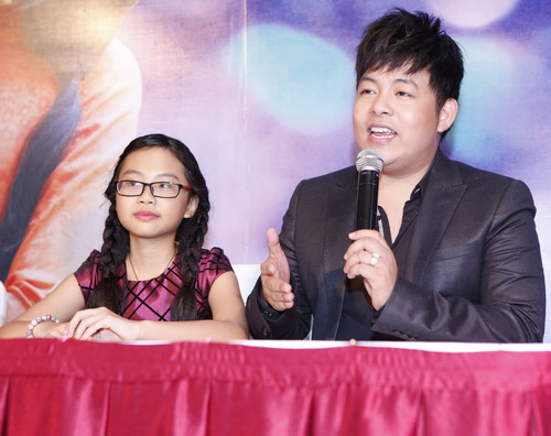 quang le chi 4 ti lam show voi phuong my chi - 2