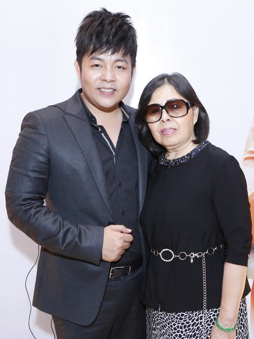 quang le chi 4 ti lam show voi phuong my chi - 7