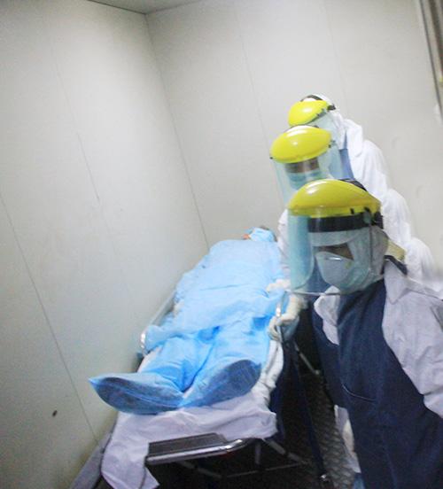 can canh quy trinh ung pho voi ebola o ha noi - 3