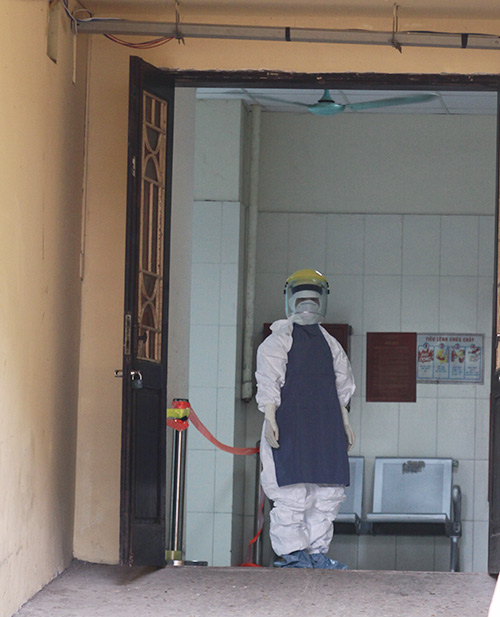 can canh quy trinh ung pho voi ebola o ha noi - 1