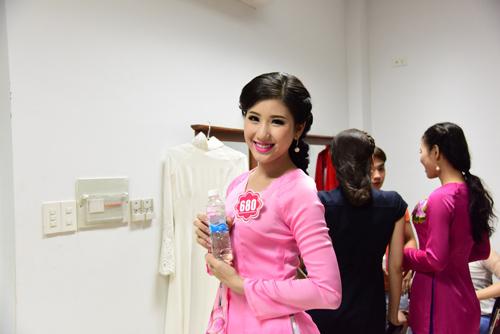 hhvn 2014: ruc ro nhan sac thi sinh phia nam - 11