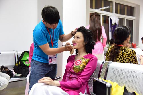 hhvn 2014: ruc ro nhan sac thi sinh phia nam - 10