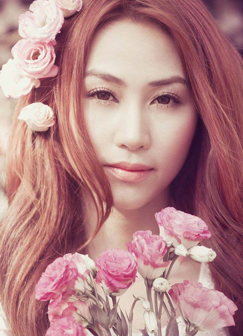 angela phuong trinh dep nhu nu than voi bom hoa - 13