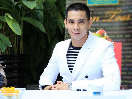 """hotboy noi loan"" tinh tu om eo ai phuong - 2"