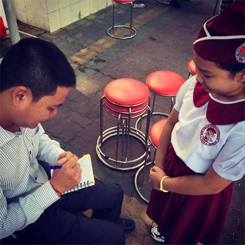 kim hien hanh phuc nhin con trai lam mc song ngu - 5