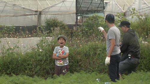 """""""Bố ơi..."""": Con Hoàng Bách lại khóc vì thua cuộc-10"""