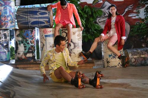 """VNTM2014 tập4: """"Chàng nông dân"""" trượt patin giành chiến thắng - 7"""