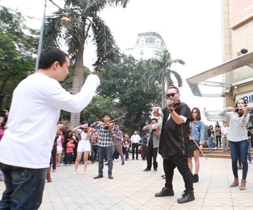 nhac giao huong flashmob duong pho gay chu y - 2