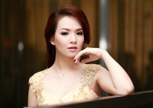 Đan Lê đọ sắc cùng Jennifer Phạm-6