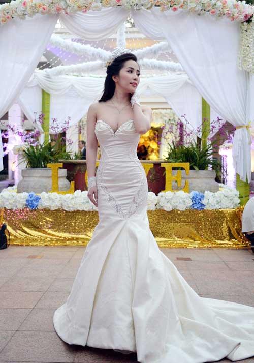 Tuần qua: Cô dâu Quỳnh Nga cuốn hút với vòng 1 tròn đầy-2