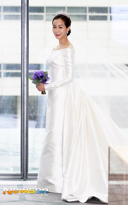 Mỹ nhân Secret Garden đẹp rạng rỡ trong đám cưới - 3