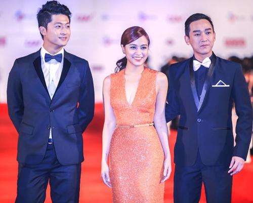 Hoàng Thùy Linh tiết lộ bí mật về chiếc váy Elie Saab-10
