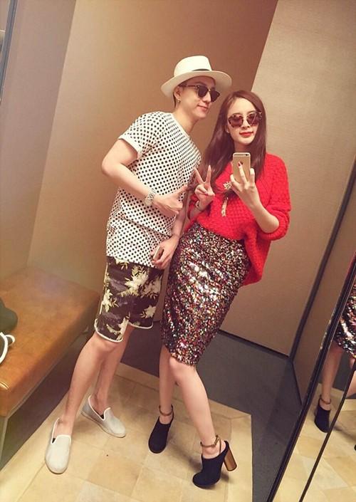 Angela Phương Trinh sang chảnh đi mua sắm hàng hiệu-1