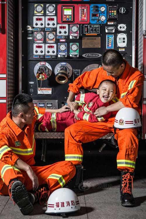 Cư dân mạng rơi nước mắt với giấc mơ của bé bị bạch cầu-4