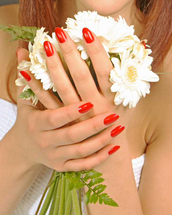 Những mẫu nail tuyệt đẹp cho cô dâu nổi bật trong đám cưới
