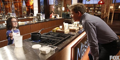 masterchef junior: co be abby nau an tu nam 2 tuoi - 3