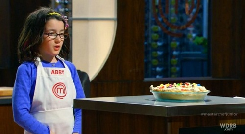 masterchef junior: co be abby nau an tu nam 2 tuoi - 5
