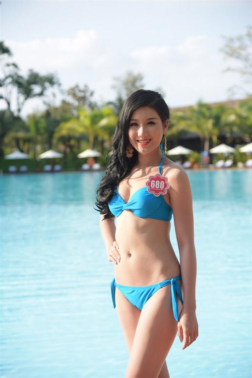 Bikini mát mắt của thí sinh hoa hậu Việt Nam-11