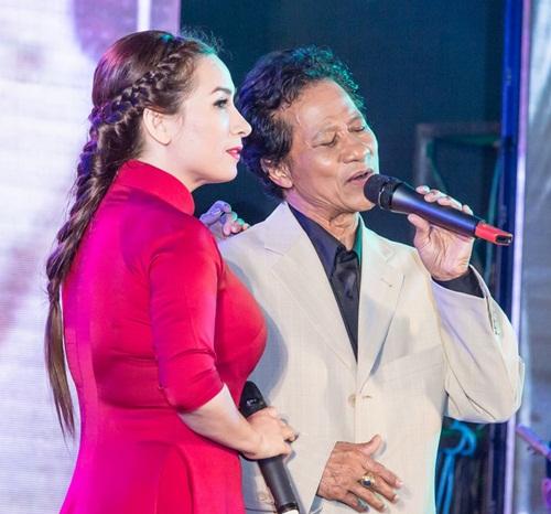 Phi Nhung khen Chế Linh đẹp trai và phong độ-7
