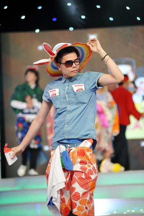 """Tâm Tít """"chặt chém"""" đồng nghiệp, Thảo Trang """"quậy"""" với fan-5"""