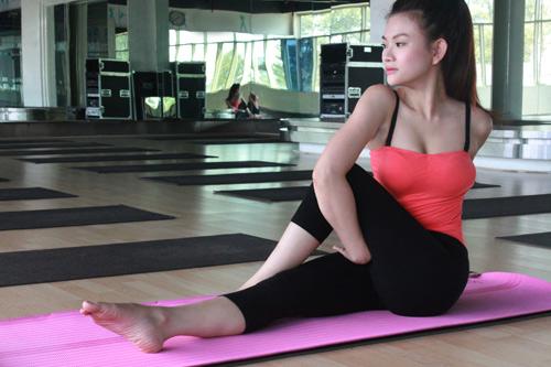 nhung my nhan viet quyen ru hon nho yoga - 10