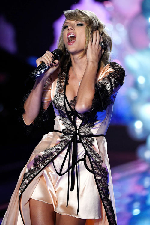 taylor swift - thien than thu 9 cua victoria's secret show - 11