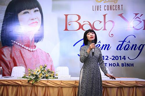 nghe si bach yen lam liveshow o tuoi 72 - 2