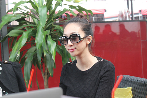 "leu phuong anh: ""ban do dien lanh lay tien lam album"" - 2"
