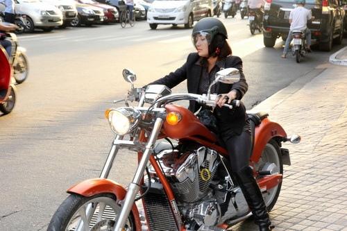"""tinna tinh cuc """"chat"""", chay xe mo to 600 trieu di su kien - 14"""