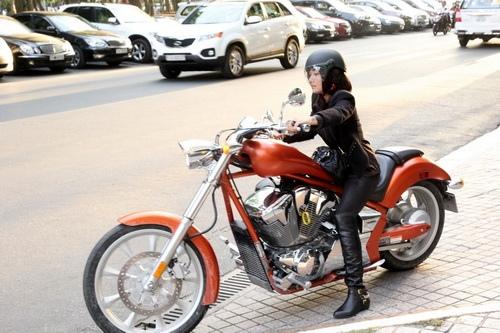 """tinna tinh cuc """"chat"""", chay xe mo to 600 trieu di su kien - 15"""