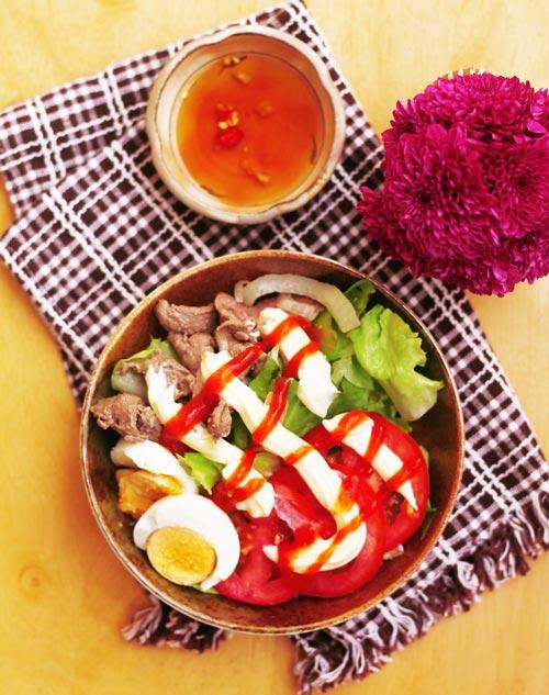 Salad trộn thịt bò xào ngon thế này ai cũng thèm - 9