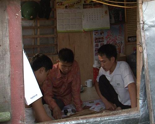 chuyen tinh doi vo chong ngheo xom gom rong - 5