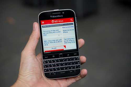 anh thuc te blackberry classic tai viet nam, gia 10,5 trieu dong - 1