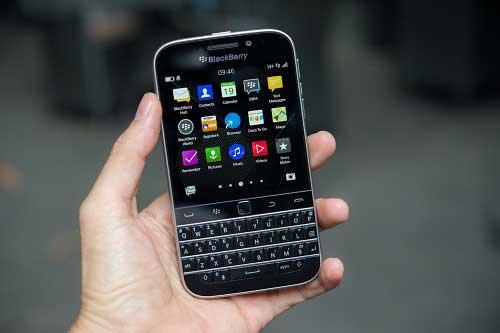 anh thuc te blackberry classic tai viet nam, gia 10,5 trieu dong - 11