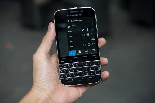 anh thuc te blackberry classic tai viet nam, gia 10,5 trieu dong - 13