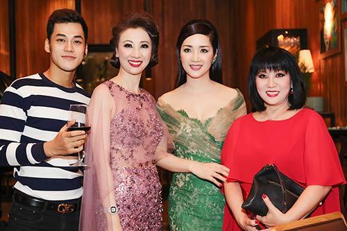 "giang my, thanh mai ""do"" nhan sac khong tuoi - 9"