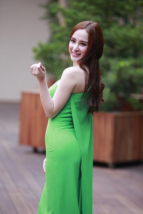 """angela phuong trinh noi bat nho mot """"nu hoang"""" - 2"""