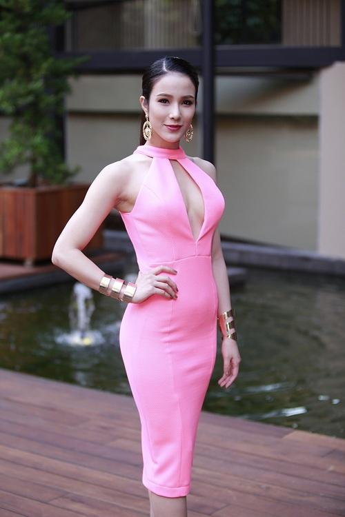 """angela phuong trinh noi bat nho mot """"nu hoang"""" - 14"""