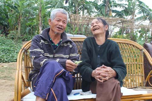 "cuoc song hanh phuc cua nguoi dan ong va ""vo nhat"" - 1"