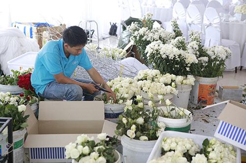 cong vinh - thuy tien thich thu tung hoa cuoi - 24