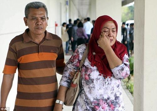 indonesia: nhieu kha nang may bay airasia da gap nan - 9