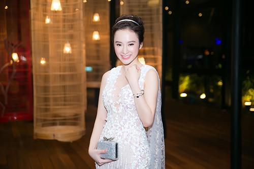 angela phuong trinh dep nhu thien than voi vay mong tang - 1