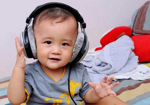 "6 chieu ""khong tuong"" do tre ""an va"" nin ngay lap tuc - 2"