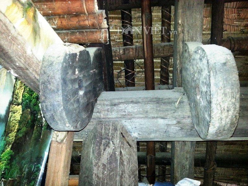 Chiêm ngưỡng ngôi nhà sàn cổ bằng gỗ quý hiếm ở xứ Thanh-10